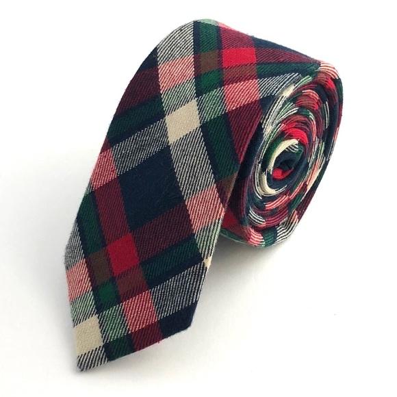 Groomsland Other - Men's Green & Red Plaid Flannel Necktie